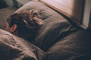 Jak wyrobić nawyk wczesnego wstawania