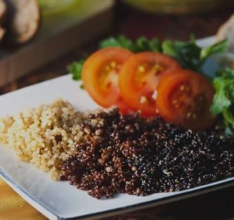 Jedzenie na dobry nastrój – produkty poprawiające samopoczucie
