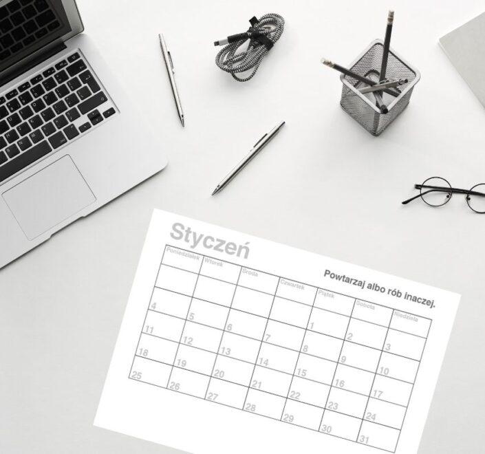 Kalendarz miesięczny 2021 do druku