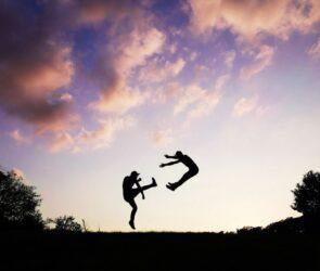 Kiedy zakończyć związek z nadmiernie kontrolującym partnerem