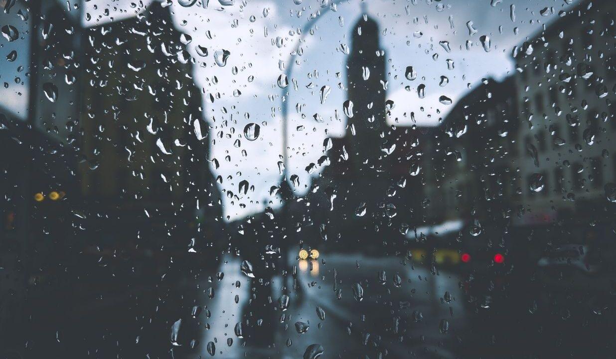 Co robić w deszczowy dzień we dwoje